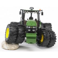 Traktor John Deere 7930 na podwójnych kołach Bruder 03050